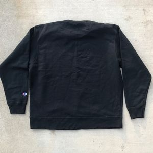 Champion Sweaters - Champion Black Crewneck Sz XL